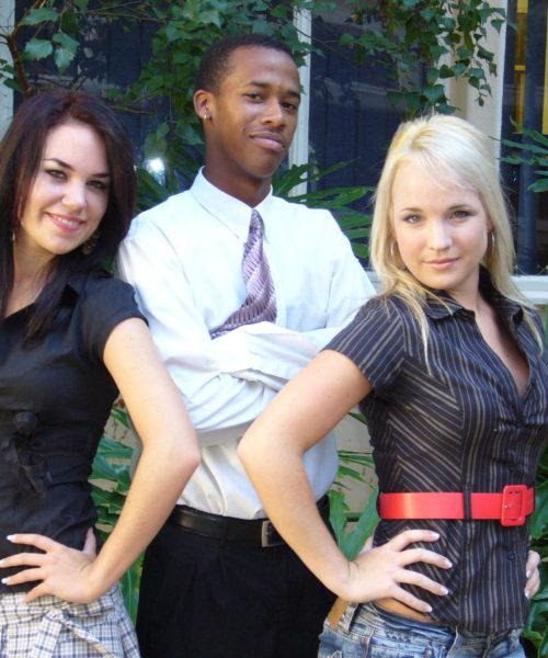 3 STUDENTE